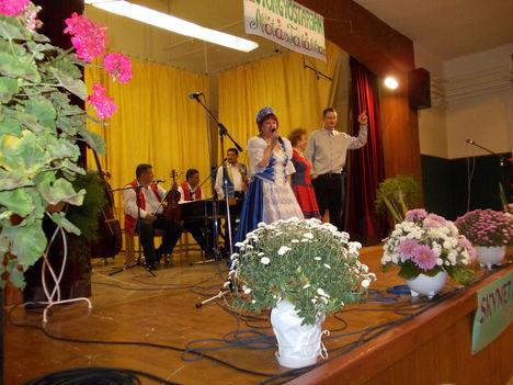 Gyöngyöstarjáni emlék 2011 ... 2
