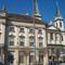 Püspöki Palota- mellette a Sarlós Boldogasszony Főszékesegyház