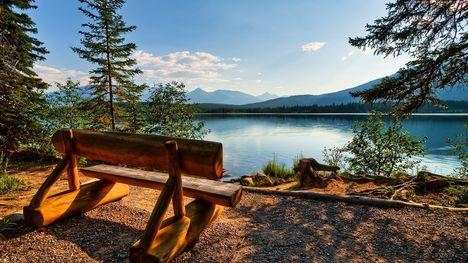 Tájkép a tónál-042