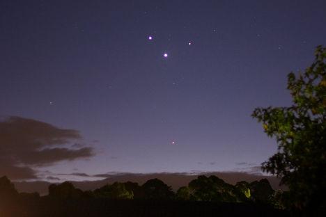 Jupiter Vénusz Merkur