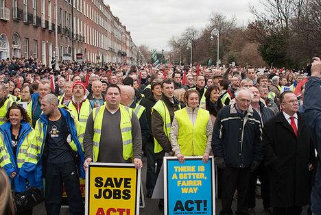 A szociális vívmányok ellen:  Dublin