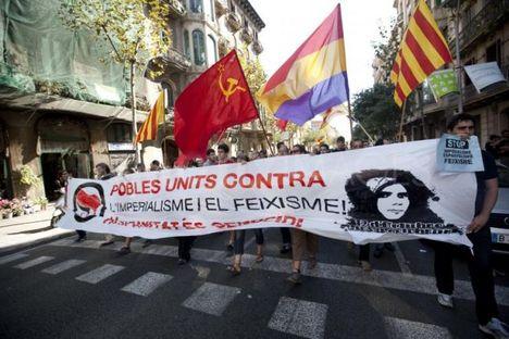 Fiatalok tüntetése Barcelona 2