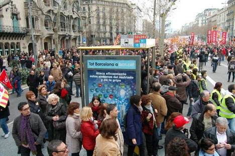 Fiatalok tüntetése Barcelona 3