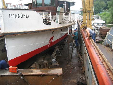 Pannónnia m/s felújítása