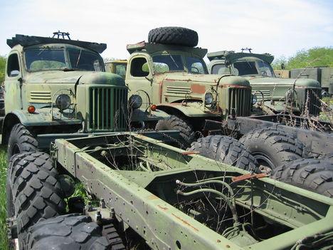 Zil-157 ek