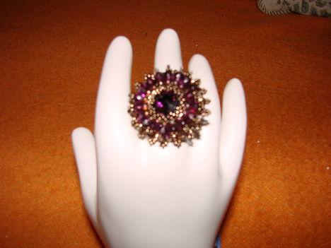 mégegy kedvenc gyűrű