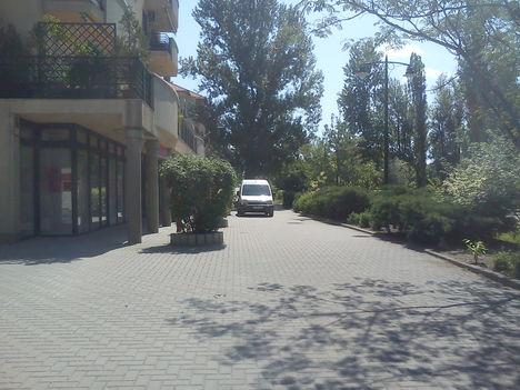 Autómentes sétány