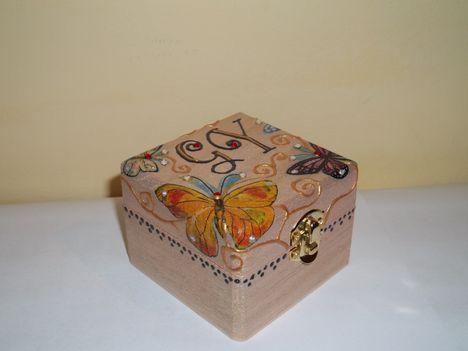 Pillangós dobozka 2.
