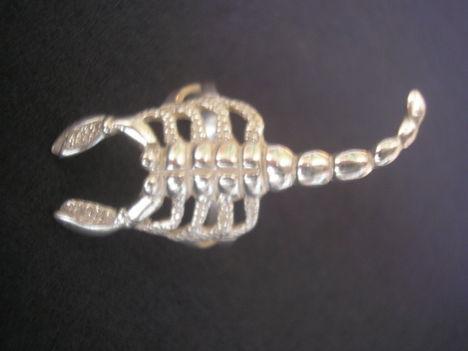 Skorpió ezüst gyűrű