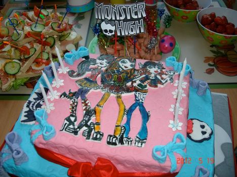 monster high torta