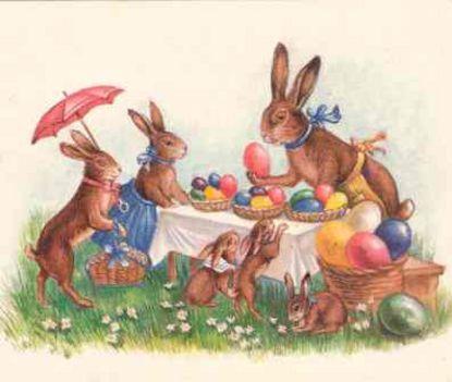 Nyuszicsalád tojásfestés közben