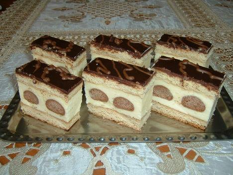 Pöttyös mézes sütemény