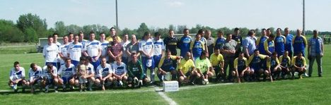 Jótékonysági meccs csapatai