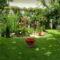 Hátsó kert nyáron