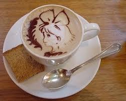 Közelebb mentem, belestem a csészébe. A kávé ott volt az alján