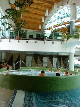 Tamási fürdő 12