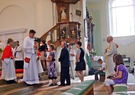 Imre atya új miséje 025