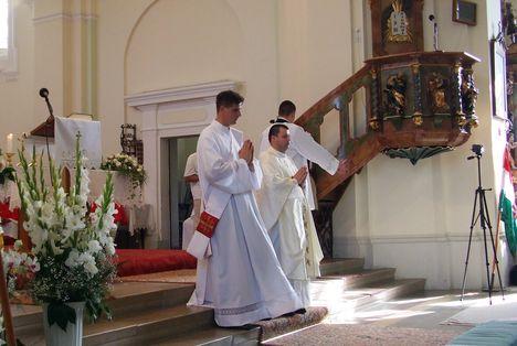 Imre atya új miséje 041