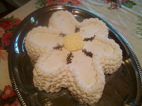 Virág torta