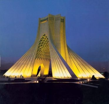Azadi Monument (Szabadság Emlékmű)