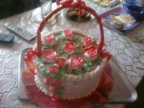 csoki kosár torta