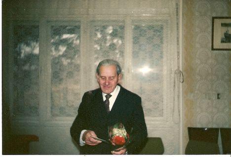 Ács Kari bácsi (Giczi Károly)