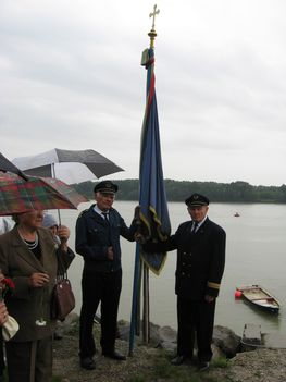 Duna koszorúzása