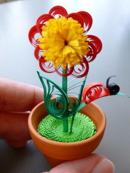 quilling virág cserépben 3