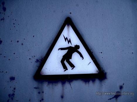 elektromos veszélyre figyelmeztető tábla