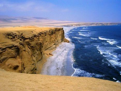 Peru. A Sivatag és az óceán találkozása.