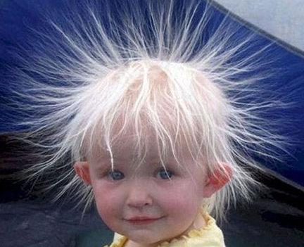 statikus elektromosságtól feláll a haj