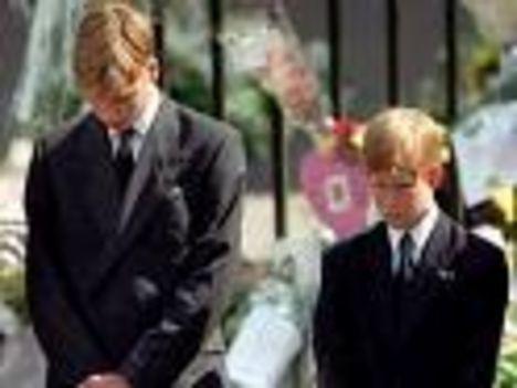 Willam és Harry a temetésen