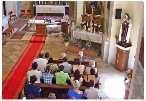 Köszöntés a templomban 025