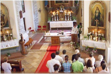 Köszöntés a templomban 034