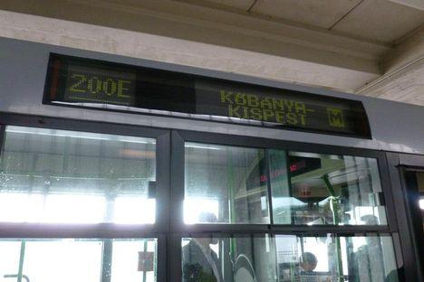 Budapest Airport fölött és érkezés 13