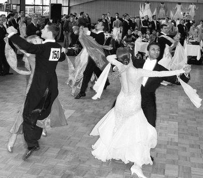 Bécsi keringő táncverseny