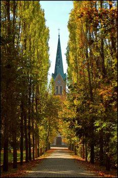 mariaremetei-kisboldogasszony-templom--budapest