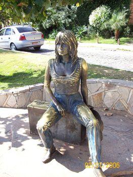 Brigitte Bardot szobra  Búziosban