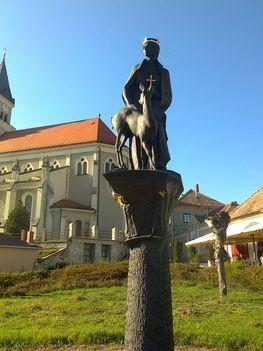 Szent Gizella szobor