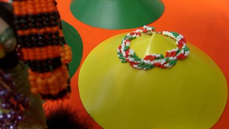 magyaros színek-spirálos kari