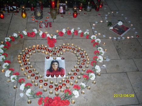 MJ  szív