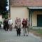 Érkezés a püspöki nyári rezidenciához