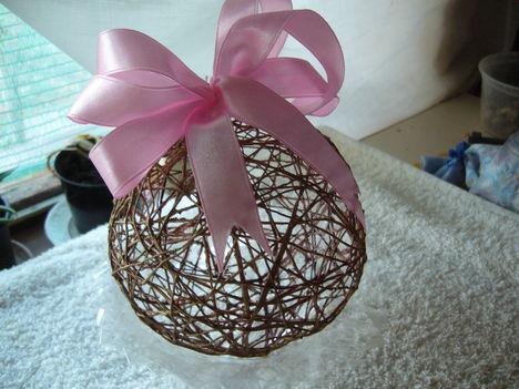 karácsonyfa dísz  vagy ajándék-gömb