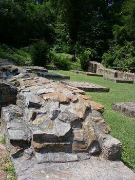 A Budaszentlőrinci Pálos kolostornál 34