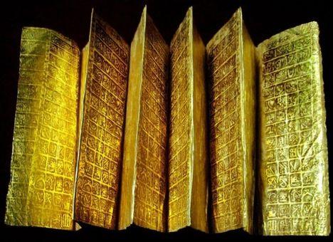 aranylemezek rovásjelekkel2