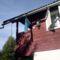 Gézáék székely zászlóval díszített hétvégi háza