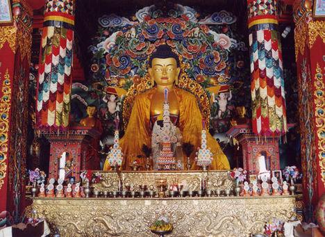 Bhutáni templomban - Bodh Gaya