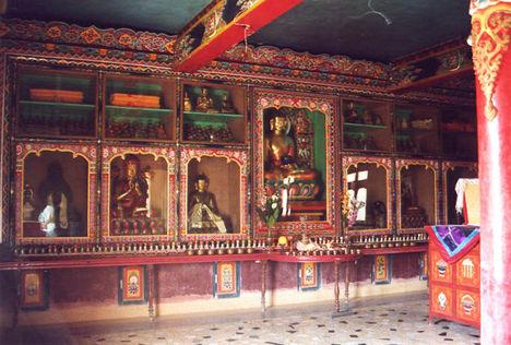Szakja templomban - Bodh Gaya