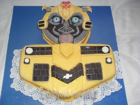 űrdongó transformer torta