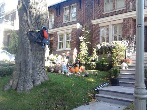 Közeledik Halloween